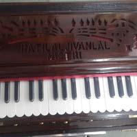 Portable 3 Line 3.5 Octaves Harmonium Without Scale Change - 2