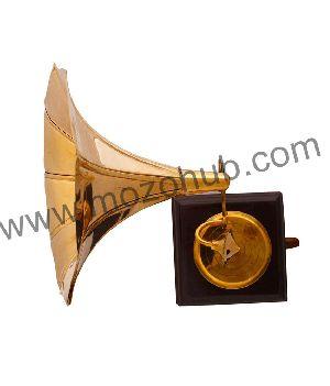 Brass Gramophone 02