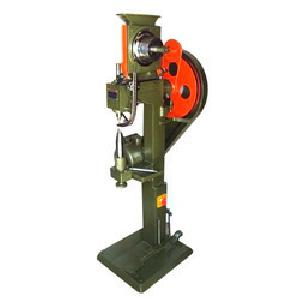 Auto Feeding Eyelet Punching Machine