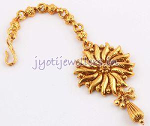 Gold Maang Tikka 03