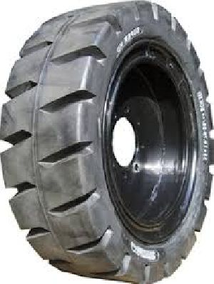 Paver Solid Tyre
