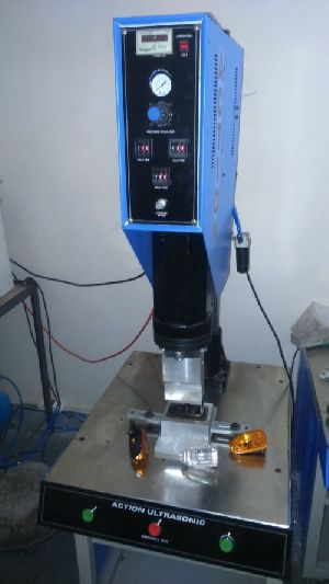 Ultrasonic Plastic Welding Machine 02
