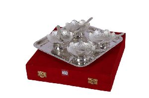 Silver Plated Bowls With Tray