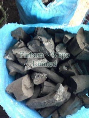 Hardwood Charcoal 06
