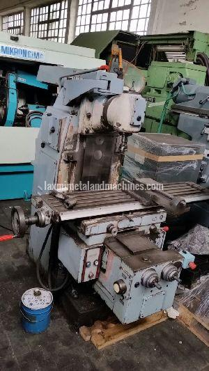Induma Universal Milling Machine 01