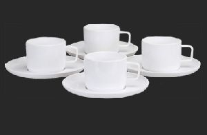 Polycarbonate Cup Set with Plates