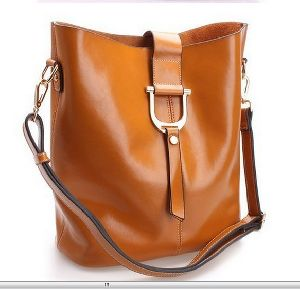 Ladies Leather Bags 05