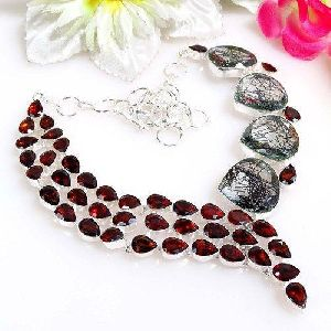 Stylish Gemstone Beaded Necklace