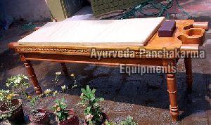 Wooden Dharapathi Droni With Rexin Bed