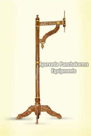 Wooden Shirodhara Stand