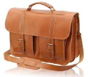 Leather Vintage Messenger Bag 04