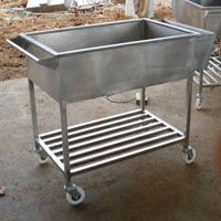 Food Serving Trolley 02