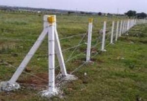RCC Fencing Poles 04