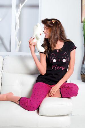 JL-CP-15915 Ladies T-Shirt and Capri Set