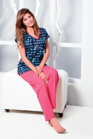 JL-PJ-16189 Ladies T-Shirt and Pyjama Set