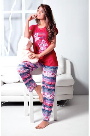 JL-PJ-16289 Ladies T-Shirt and Pyjama Set