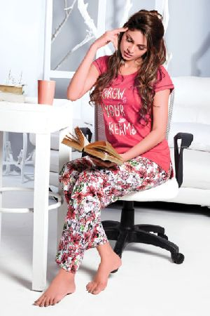 JL-PJ-16290  Ladies T-Shirt and Pyjama Set