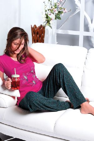 JL-PJ-16313 Ladies T-Shirt and Pyjama Set