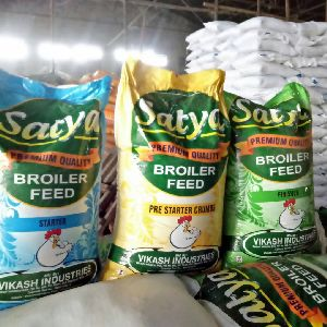 Premium Quality feed for broiler and layer Satya
