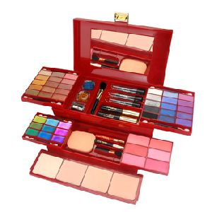 Insight Makeup Kit