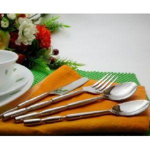 Cutlery Set 15