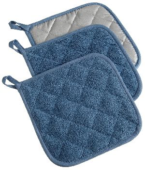 Terry Cloth Pot Holder 01