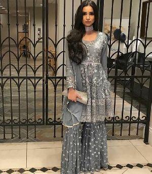 Designer Pakistani Suits 04