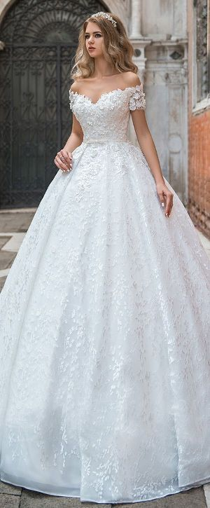 Wedding Gown 09