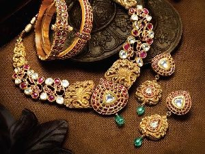 J20 Antique Collection Jewellery