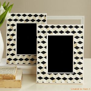 Wooden Photo Frame 05