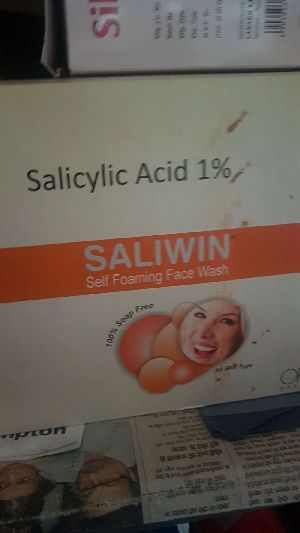 Saliwin Self Foaming Face Wash