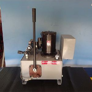Multi Power Packs with dowty hand pumps