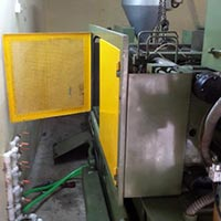 Injection Moulding Machie