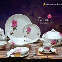 Dahlia Kareena Shape