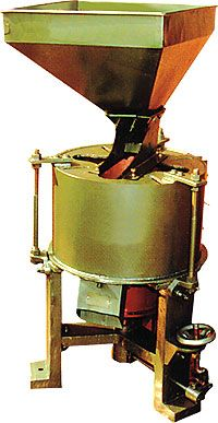 Horizontal type flour mill