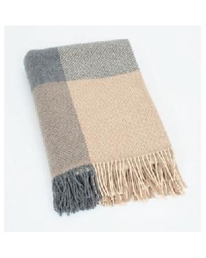 Tartan Blanket 02