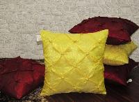 Decorative Cushion 32