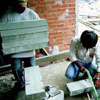 Cellular Lightweight Concrete Bricks 01
