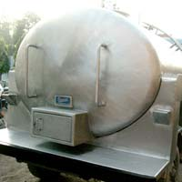Road Milk Tanker (01)