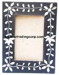 Wooden Photo Frame 03