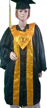 Convocation Gown 02