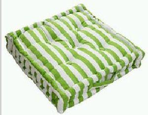 Box Cushion 02