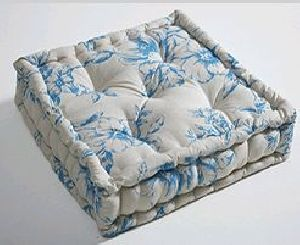 Box Cushion 04