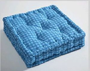 Box Cushion 05