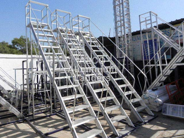 Aluminium Trolley Step Ladder 03