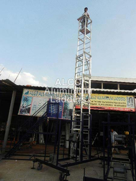 Aluminium Tiltable Tower Ladder 02