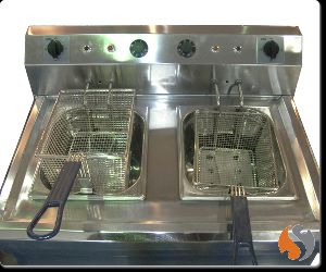 Double Deep Fat Fryer (Floor Model)