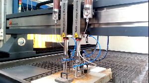 Multi Cutting Head Water Jet Cutting Machine 02
