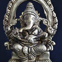 Sculpture Statue of Hindu God Ganesha Ganapati Vinayaka Pillaiyare Seated On Royal Throne