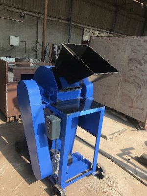 Garden Waste Shredder Machine 03